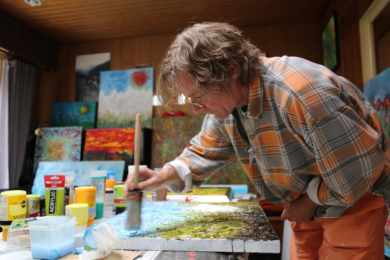 Erik Tanghe working on 'wild roses' during the Okar 2017 event in Kalmthout